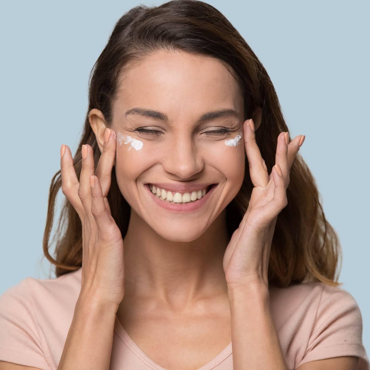 Hidratación y cuidado facial de Cantabria Labs