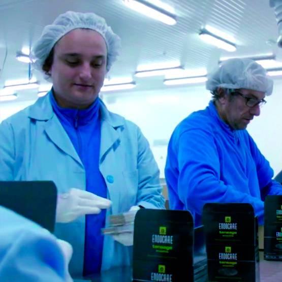 Colaboración entre la Fundación Arcoiris y Cantabria Labs